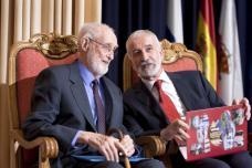 2010 :: José Luís Sampedro durante el acto de entrega del Premio Internacional Menendez Pelayo