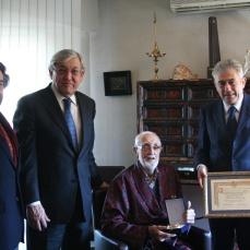 2013 :: José Luis Sampedro recibe la Gran Cruz al Mérito en el Servicio de la Economía