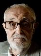 2007 _1 José Luís Sampedro posando para reportaje fotográfico departamento de cultura Corte Ingles_Fotógrafo David García Amaya